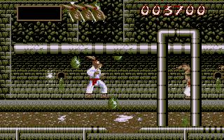 337237-ninja-rabbits-dos-screenshot-a-sewer-in-level-2-vga